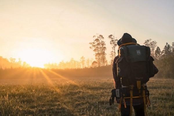 Tips Traveling Murah untuk Traveler Millennial