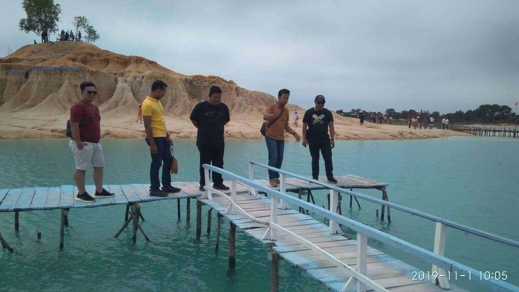 Danau Telaga Biru